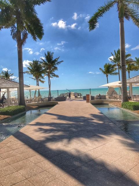 casa-marina-pool-walkway